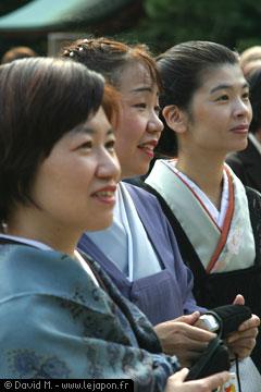 Femmes japonaises en kimonos