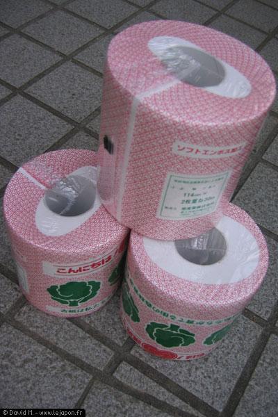 Rouleaux de papier toilette japonais