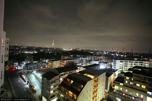 Vue de mon balcon, avec Tokyo au loin