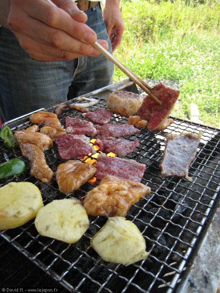 Pique-nique barbecue au Japon