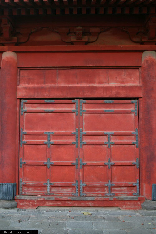 Les portes du sanctuaire