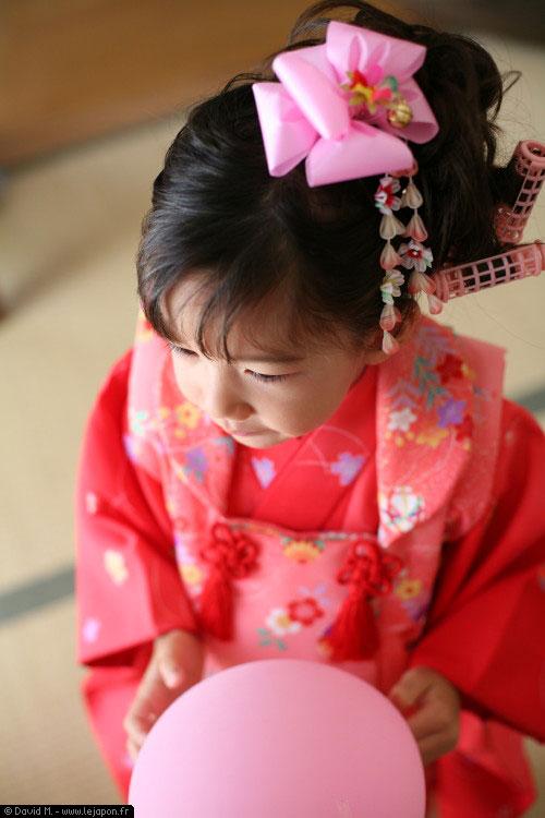 Préparatifs pour la cérémonie ShichiGoSan au temple/sanctuaire Shinto