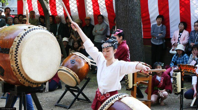 azalea-sanctuaire-nezu-tokyo_IMG_1511