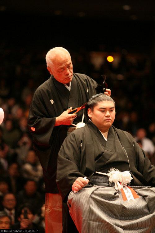 Danpatsu-shiki de Futen'ō Izumi